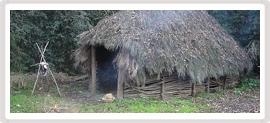 A les cabanes prehistòriques